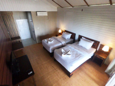 Twin bed, Baturundung Resort