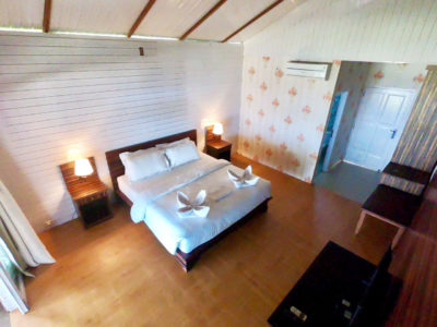 Double bed, Baturundung Resort